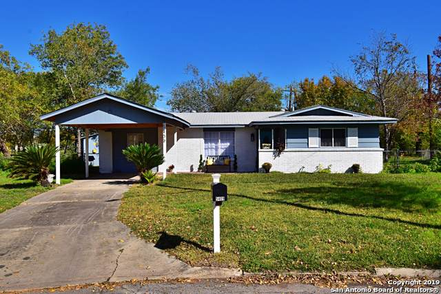 5409 Swann Ln, Kirby, TX 78219 (MLS #1426518) :: Alexis Weigand Real Estate Group