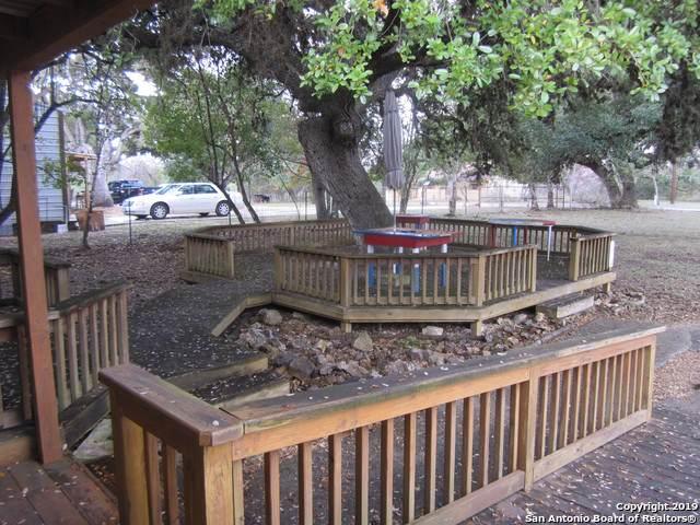 210 Pecan St, Bandera, TX 78003 (MLS #1426555) :: Alexis Weigand Real Estate Group