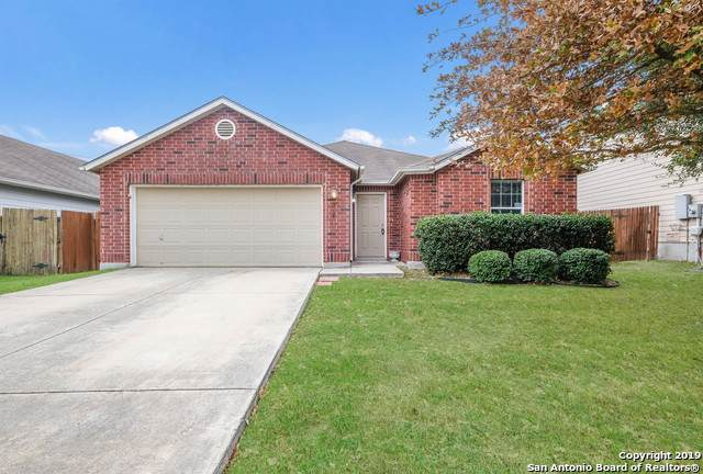 3940 Cherry Tree Dr, Schertz, TX 78108 (MLS #1426617) :: Alexis Weigand Real Estate Group