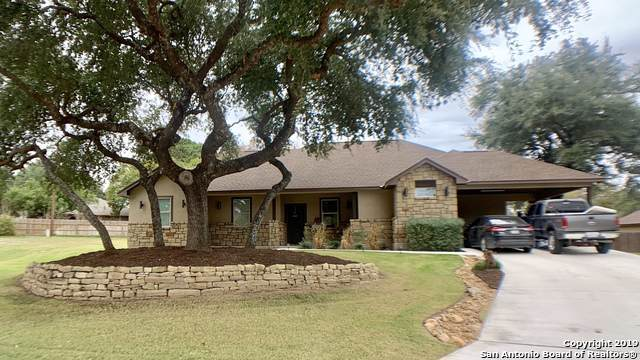318 Howard Dr, Devine, TX 78016 (MLS #1426633) :: Alexis Weigand Real Estate Group