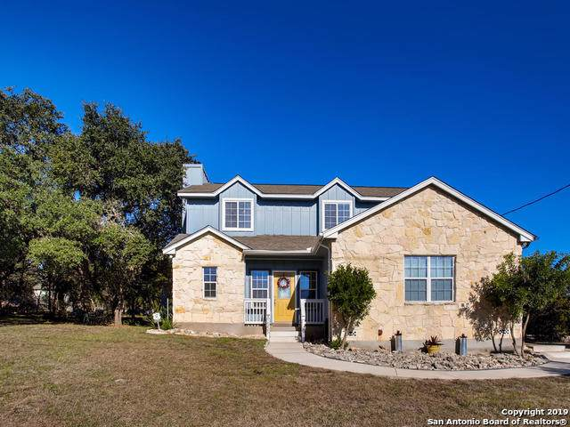 1555 Rimrock Cove, Spring Branch, TX 78070 (MLS #1426783) :: Alexis Weigand Real Estate Group