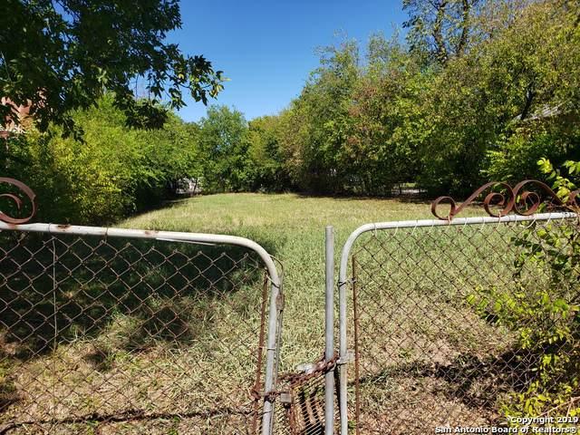1051 Ruiz St, San Antonio, TX 78207 (MLS #1426899) :: BHGRE HomeCity