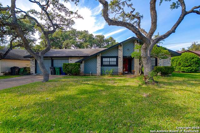 2943 Green Run Ln, San Antonio, TX 78231 (MLS #1427008) :: BHGRE HomeCity