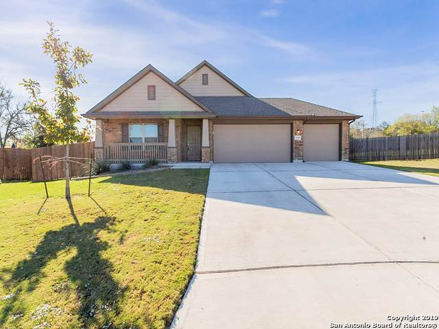 5609 Cross Over Rd, New Braunfels, TX 78132 (MLS #1427072) :: Alexis Weigand Real Estate Group