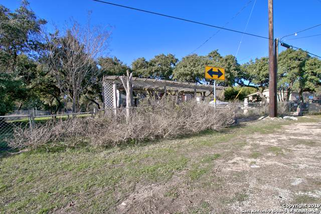 845 Rambling Dr, Canyon Lake, TX 78133 (MLS #1427086) :: Vivid Realty