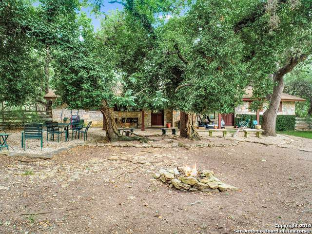 222 Cascade Caverns Rd, Boerne, TX 78015 (MLS #1427155) :: Alexis Weigand Real Estate Group