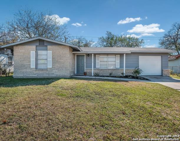 7710 Bronco Ln, San Antonio, TX 78227 (MLS #1427231) :: Neal & Neal Team