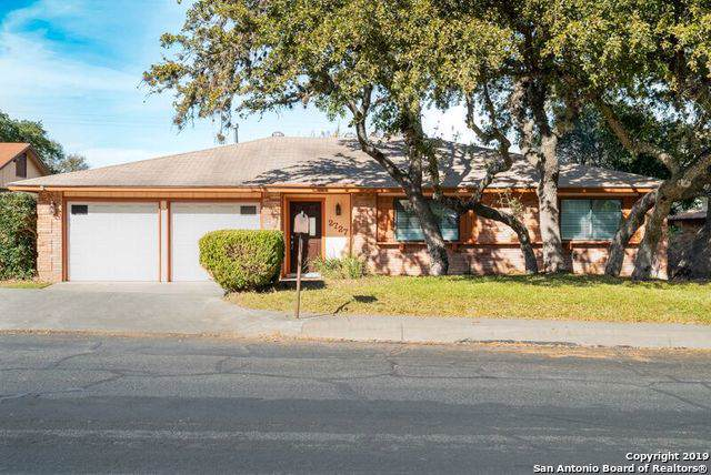 2727 Woodline St, San Antonio, TX 78251 (MLS #1427249) :: Alexis Weigand Real Estate Group