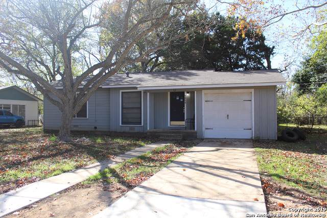 1515 Owens St, San Marcos, TX 78666 (#1427257) :: The Perry Henderson Group at Berkshire Hathaway Texas Realty