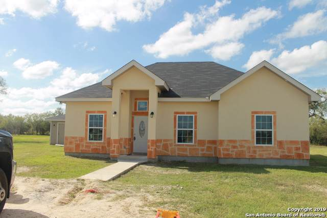 686 Las Palomas Dr Tx, Lytle, TX 78052 (MLS #1427265) :: Alexis Weigand Real Estate Group