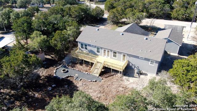 1401 Clearcreek, Canyon Lake, TX 78133 (MLS #1427352) :: BHGRE HomeCity San Antonio