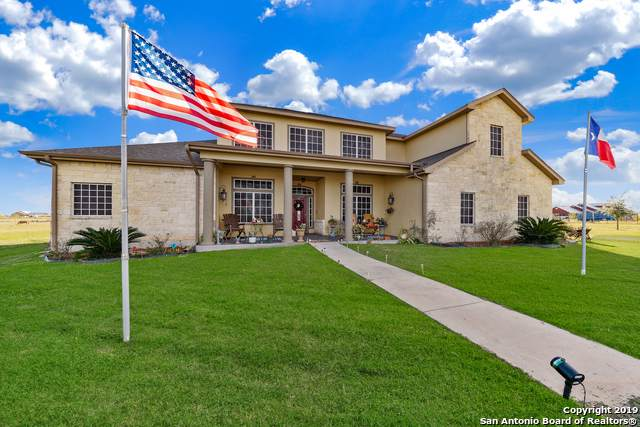 528 County Road 7718, Devine, TX 78016 (MLS #1427396) :: Alexis Weigand Real Estate Group
