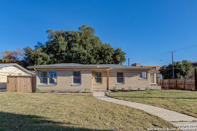 266 Northill Dr, San Antonio, TX 78201 (#1427491) :: The Perry Henderson Group at Berkshire Hathaway Texas Realty