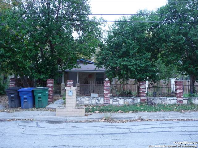 414 Glendale Ave, San Antonio, TX 78237 (MLS #1427555) :: Alexis Weigand Real Estate Group