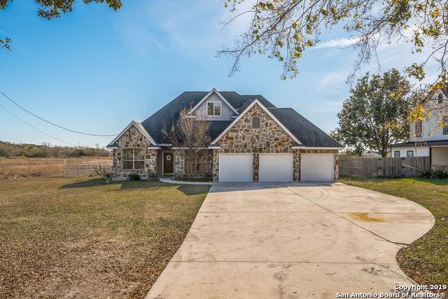 250 Ferryboat Ln, New Braunfels, TX 78130 (MLS #1427574) :: BHGRE HomeCity