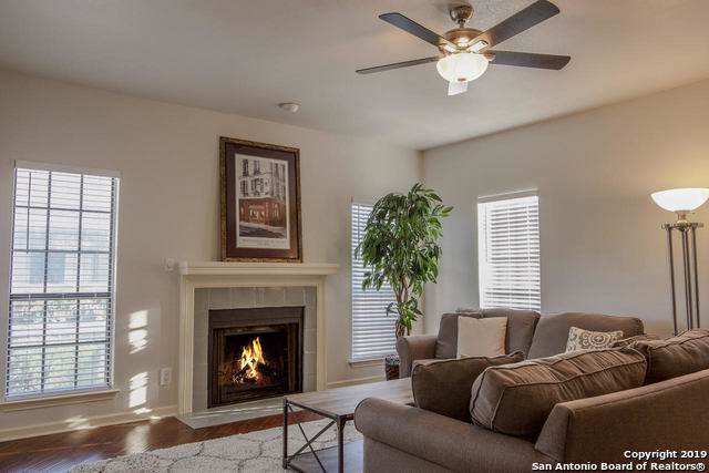11839 Parliament St #1922, San Antonio, TX 78216 (#1427621) :: The Perry Henderson Group at Berkshire Hathaway Texas Realty