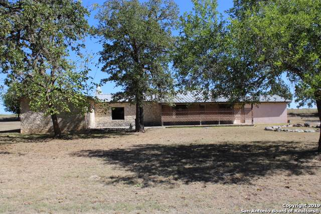 222 Robindale E, Bandera, TX 78003 (MLS #1427681) :: The Mullen Group | RE/MAX Access