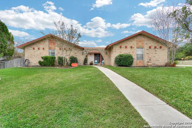 13635 Oak Breeze, Universal City, TX 78148 (MLS #1427830) :: Alexis Weigand Real Estate Group