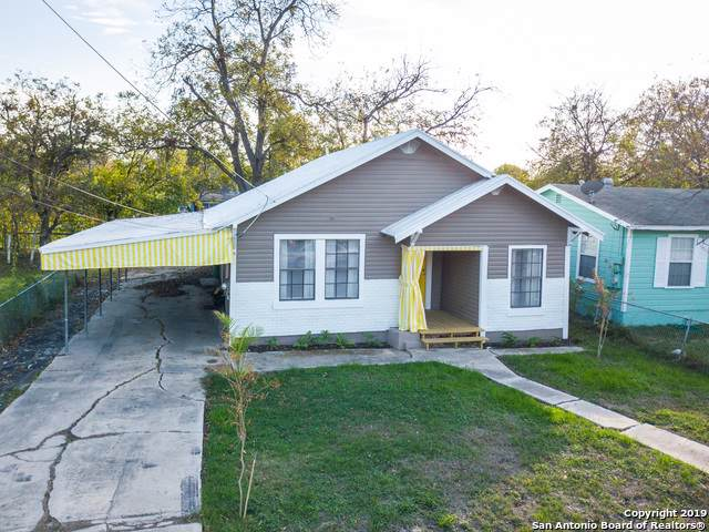 306 Aldama, San Antonio, TX 78237 (MLS #1427881) :: The Gradiz Group