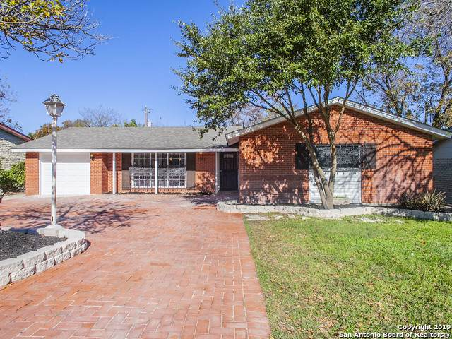 3203 Shady Springs Dr, San Antonio, TX 78230 (MLS #1427902) :: BHGRE HomeCity