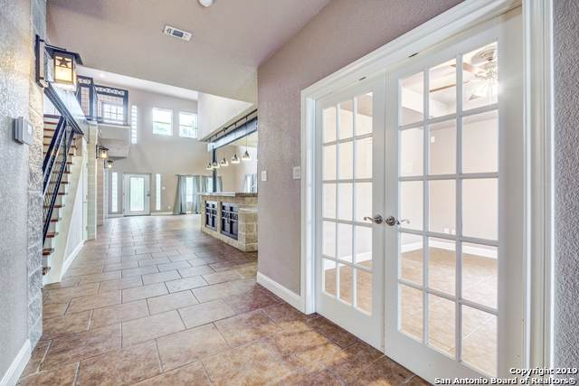 16018 White Fawn Dr, San Antonio, TX 78255 (MLS #1427921) :: The Glover Homes & Land Group