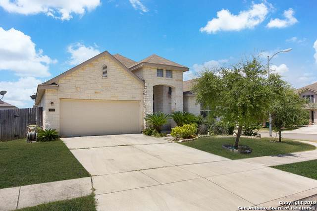 9019 Krier Cross, Converse, TX 78109 (MLS #1427977) :: The Lopez Group