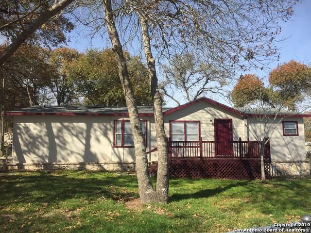 4315 Water Oak Dr, Elmendorf, TX 78112 (MLS #1427996) :: Reyes Signature Properties