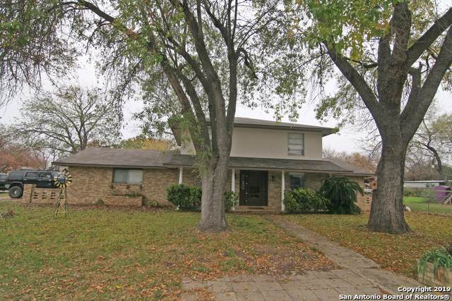 1508 22nd St, Hondo, TX 78861 (#1428204) :: The Perry Henderson Group at Berkshire Hathaway Texas Realty