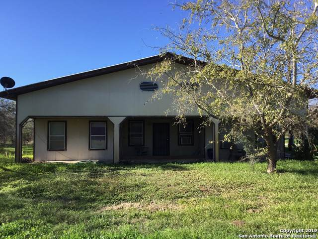 198 Pr 6730, Devine, TX 78016 (MLS #1428504) :: Alexis Weigand Real Estate Group