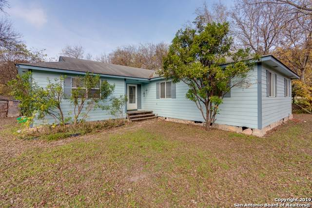 709 Petersburg St, Castroville, TX 78009 (MLS #1428524) :: Alexis Weigand Real Estate Group