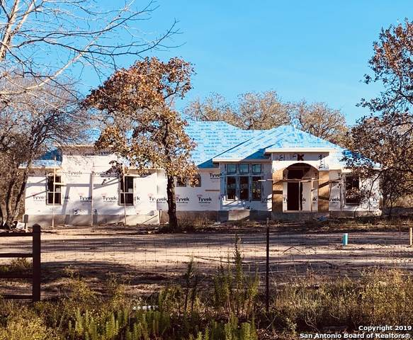 281 County Road 6872, Natalia, TX 78059 (MLS #1428530) :: Alexis Weigand Real Estate Group