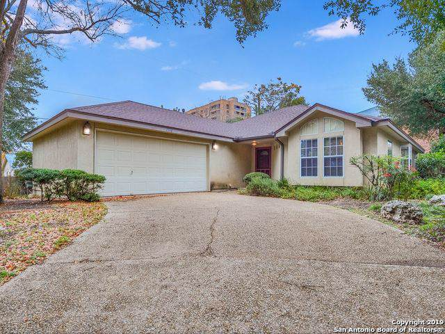 7518 Dijon Ct, San Antonio, TX 78209 (MLS #1428642) :: The Gradiz Group