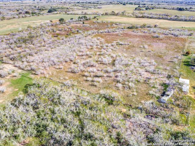 542 Schroeder Ln, Floresville, TX 78114 (MLS #1428699) :: Alexis Weigand Real Estate Group