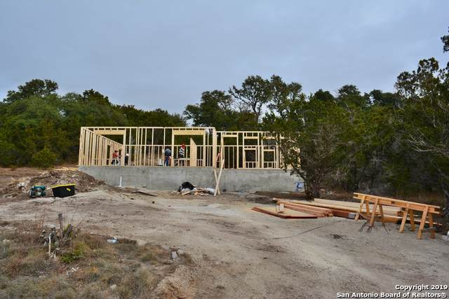 3214 Contour Dr, Spring Branch, TX 78070 (MLS #1428755) :: Neal & Neal Team