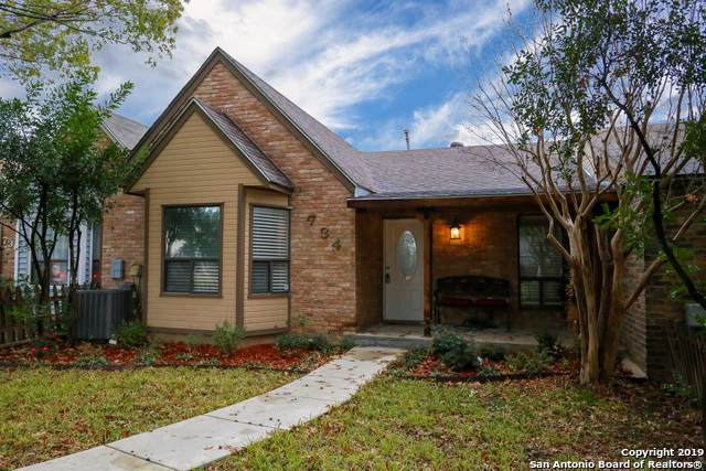 734 Summerwood Dr, New Braunfels, TX 78130 (MLS #1428791) :: The Mullen Group | RE/MAX Access