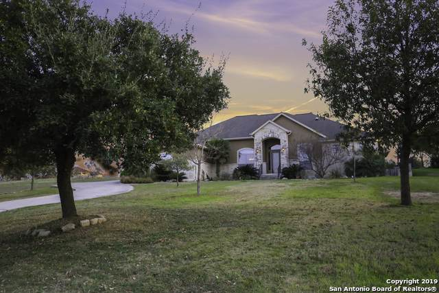 8922 Tuscan Hills Dr, Garden Ridge, TX 78266 (MLS #1428802) :: Tom White Group