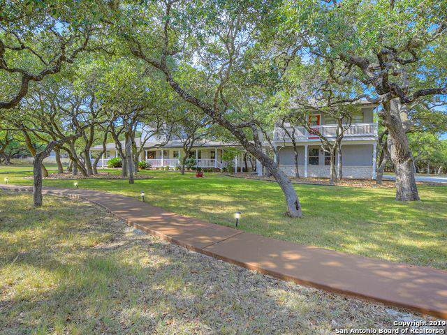 604 Sandy Oaks Dr, Boerne, TX 78015 (MLS #1428885) :: Alexis Weigand Real Estate Group