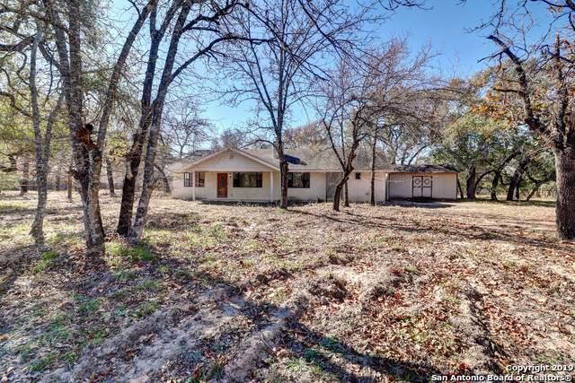 703 Eagle Creek Dr, Floresville, TX 78114 (MLS #1428995) :: Reyes Signature Properties