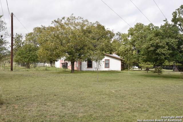 15300 Bradley Rd, Atascosa, TX 78002 (MLS #1429760) :: Legend Realty Group