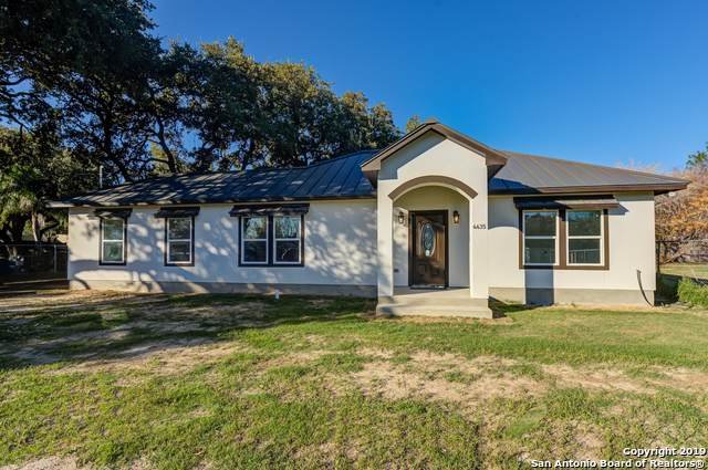 4435 Palace, Von Ormy, TX 78073 (#1429771) :: The Perry Henderson Group at Berkshire Hathaway Texas Realty