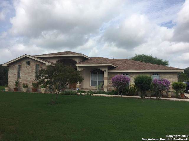 1911 Fm 1516, China Grove, TX 78263 (#1429811) :: The Perry Henderson Group at Berkshire Hathaway Texas Realty
