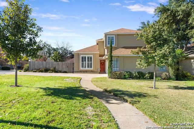1106 Summit Crest, San Antonio, TX 78258 (MLS #1429841) :: Carolina Garcia Real Estate Group