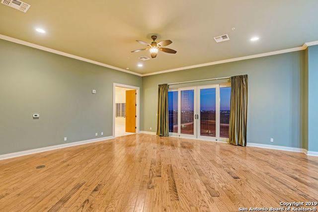 230 Dwyer Ave #1103, San Antonio, TX 78204 (MLS #1429917) :: Reyes Signature Properties