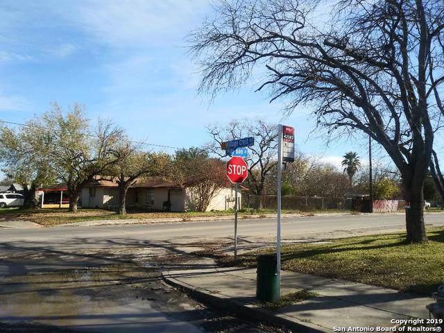 5146 Village Crest Dr, San Antonio, TX 78218 (MLS #1430327) :: Alexis Weigand Real Estate Group