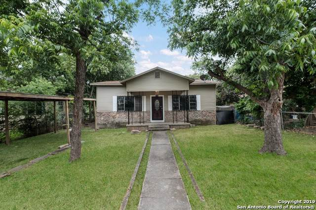 1710 Delgado St, San Antonio, TX 78207 (MLS #1430348) :: Berkshire Hathaway HomeServices Don Johnson, REALTORS®