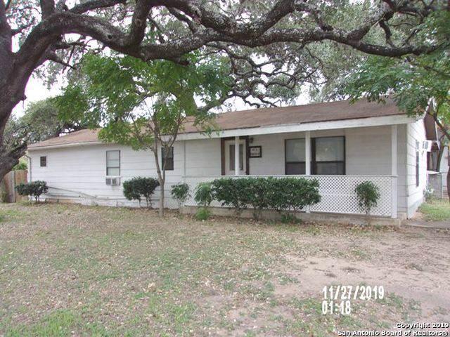 821 Austin St - Photo 1