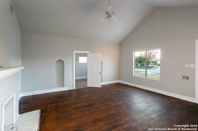 1531 W Summit Ave, San Antonio, TX 78201 (MLS #1430944) :: Alexis Weigand Real Estate Group
