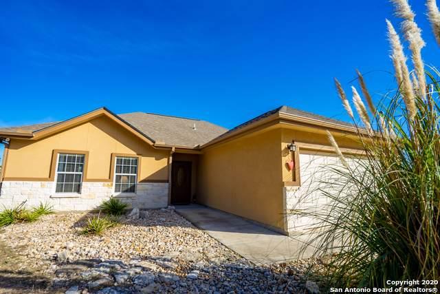 1171 Rocky Ridge Loop, Canyon Lake, TX 78133 (MLS #1430979) :: BHGRE HomeCity