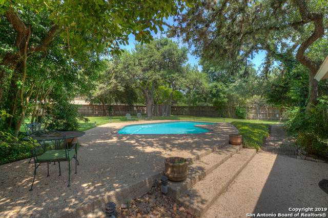 8731 Avator Circle, Fair Oaks Ranch, TX 78015 (MLS #1430983) :: Reyes Signature Properties
