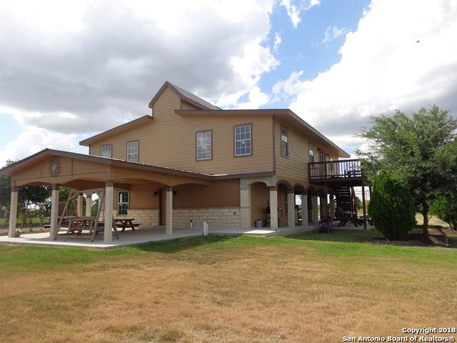 450 W County Road 5718, Atascosa, TX 78002 (MLS #1431185) :: Legend Realty Group